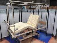 Traction Hospital Bed/ Electric/Battery Orthopaedic Hospital Bed/New Batteries