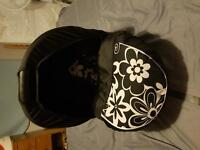 BLACK WITH WHITE FLOWERS CARSEAT - BARELY USED!!