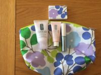 CLINIQUE TRAVEL BAGS X 2 AND CLINIQUE TRAVEL ACCESSORIES