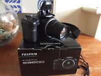 Fujifilm s8600 36x Optical Zoom