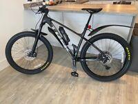 Trek Roscoe 7 2020 Black Bicycle