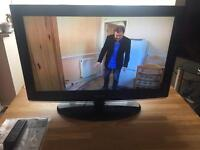 """SAMSUNG 32"""" LCD TV , excellent condition"""