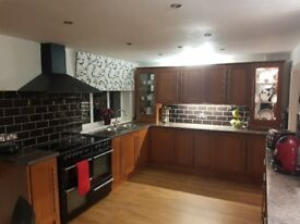 Kitchen units + worktops for sale (£350 ono)