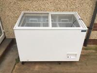 Polar glass top chest freezer - model CM434