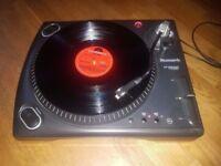 Numark TT 1550 Turntable - Perfect Condition - New Stylus