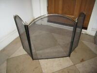 Metal folding fireguard in good condition