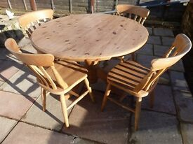 Pine Round Table and Four Chairs