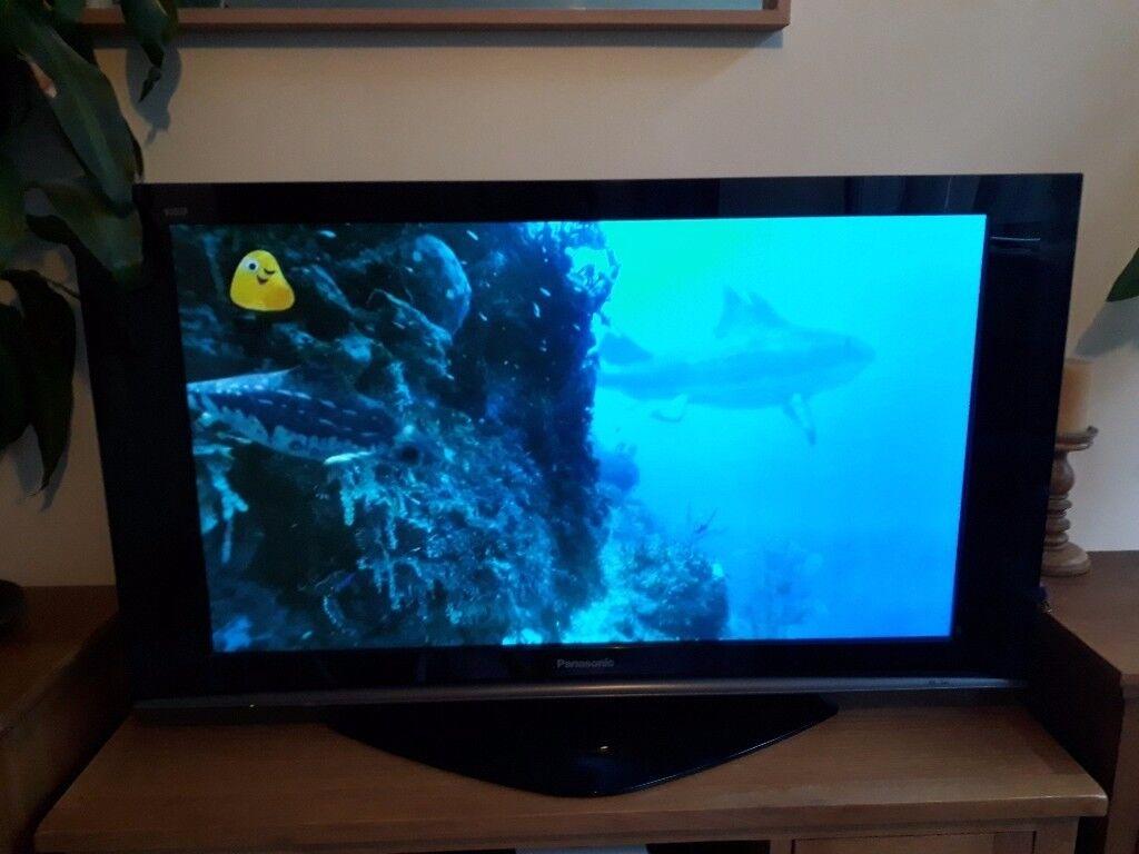 Panasonic Viera TH-42PZ70 42in plasma TV
