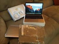 MacBook 12, 2016, 8gb, HUGE 256ssd, Retina display, APPLE CARE AND WARRANTY