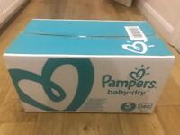 Pampers Baby dry size 5 Nappies (288 nappies - 144in each box, 2 boxes in total)