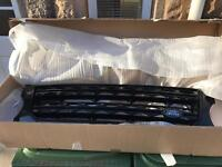 Genuine Land Rover Discovery 4 Black Grill
