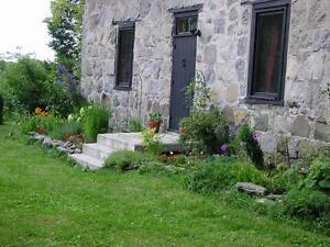 Maison ancestrale de pierre-Brigham-Bromont-Cowansville