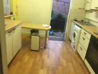 ONE BEDROOM FLAT IN GROUND FLOOR WITH GARDEN IN HARROW WEALD NEAR BELMONT CIRCLE