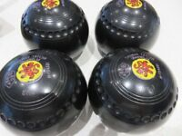 4 x Thomas Taylor bowls size 1 plus Carry Bag