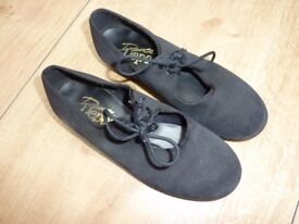 Children's / Junior Tap Shoes size 13