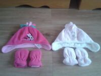 2 X SETS OF HATS & GLOVES FOR BABY GIRLS 0-3 MONTHS, VGC