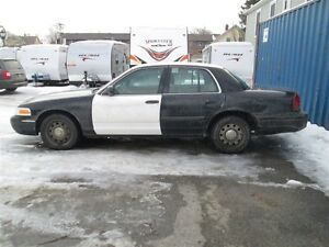 2011 Ford Crown Victoria Police Street Appearance w/3.27 Axle