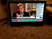 """40"""" LCD HD TV FREEVIEW WITH REMOTE"""