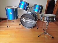 Stagg drums: full size 5 piece starter set metallic blue good condition