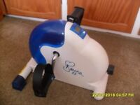 Davina mini exercise bike, ideal for arms and legs - little used! ONLY £6.