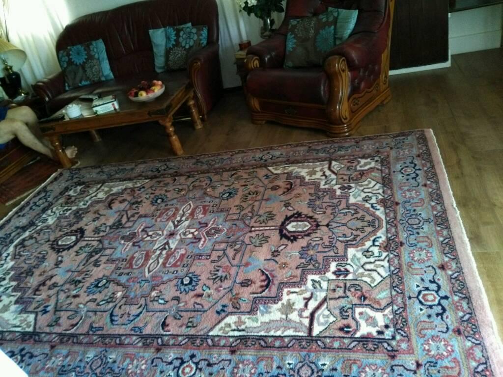 handmade wool carpet 2800x1900cmin Bournemouth, DorsetGumtree - lovely handmade wool carpet in a good condition free from pet and smoke 00