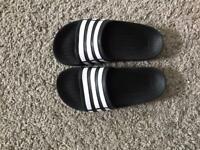 Adidas Duramo Slides kids size 2