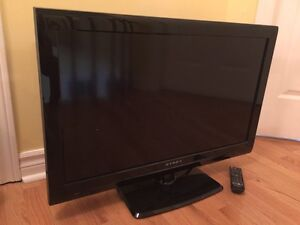 "32"" LCD TV with Stand (Dynex 720p)"