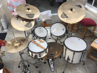 TAMA SUPERSTAR HYPER-DRIVE SUGAR WHITE BIRCH DRUM KIT (Cymbals not included)