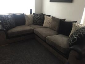 Excellent condition corner sofa with a large swivel chair.