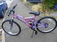 "GIRLS 24"" WHEEL SUSPENSION BIKE 15"" FRAME IN GREAT WORKING ORDER AGE 9+"