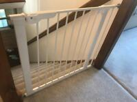BabyDan Wide Pressure Fit Safety gate fits openings from 86-93.3cm.