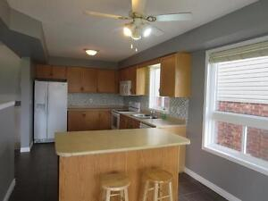 Beautiful 4BDRM Single Detached Home Located In East Galt Cambridge Kitchener Area image 5