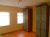 3 Bedroom house to rent on Lancaster Gardens, Barking, DSS with Guarantor