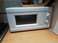 Good and clean microwave for sale