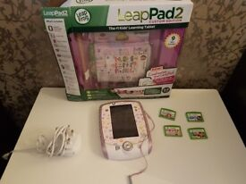 LeapPad2 with 5 games, carry case and charging cable