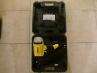 DeWalt DPN9033SM-XJ 90mm Air Angled Framing Nailer BRAND NEW NAIL GUN