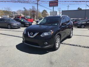 2014 Nissan Rogue SL Leather -- NAV -- Power sunroof