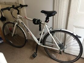 Hybrid bike - very good condition