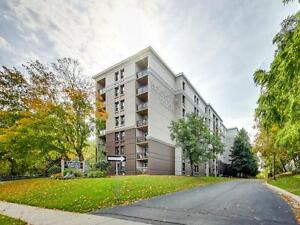 Fairview Towers - 3 Bedroom Deluxe Apartment for Rent Kitchener / Waterloo Kitchener Area image 1