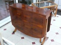 Dining Room Table, Drop Leaf, Full Size, Good Condition.