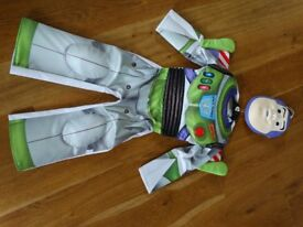 Buzz lightyear dressing up costume