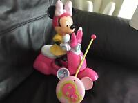 Minnie Mouse remote car