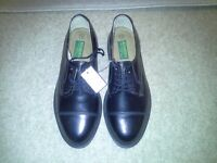 Mens brand new black ' Rogers ' real leather shoes 7 1/2 never worn, lace up.