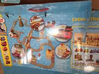 Thomas The Tank Engine tracks and accessories