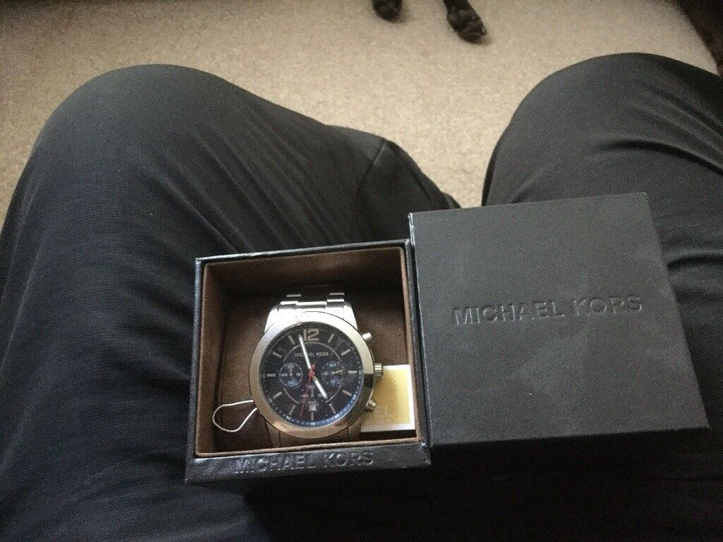 New boxed never worn genuine Micheal kors watch £125