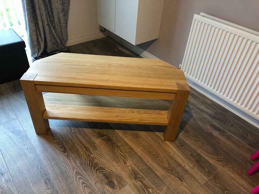 Tv Stand And Matching Side Table In Cumbernauld Glasgow