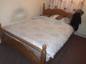 King size bed. Great condition.