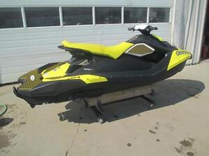 2016 Sea-Doo SPARK 3-UP ROTAX 900 ACE + IBR + CONVENIENCE Cambridge Kitchener Area image 2
