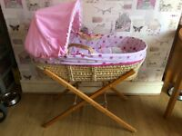 Clair de lune - My dolly Moses basket with stand
