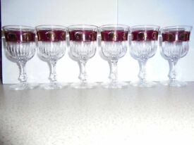 These are 6 really pretty tiny glasses - for liqueur perhaps.